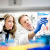 Sonja Schrepfer, MD, PhD, and Tobias Deuse, MD, in the lab